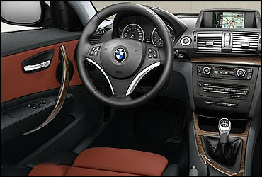 Dashboard of BMW 1 Series Coupe.