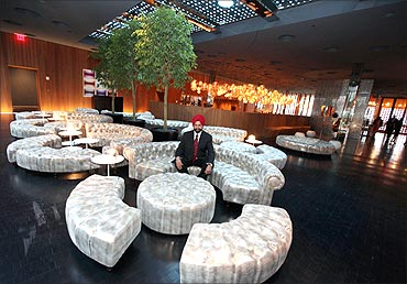 Chatwal's Dream Downtown hotel in New York opens