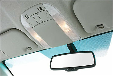Electro chromatic inner rearview mirror.