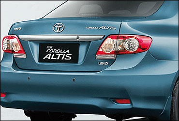Rear view of Altis.