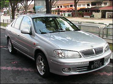 Nissan Sunny.