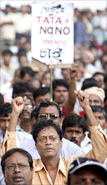 Singur residents take part in a rally in support of Nano.