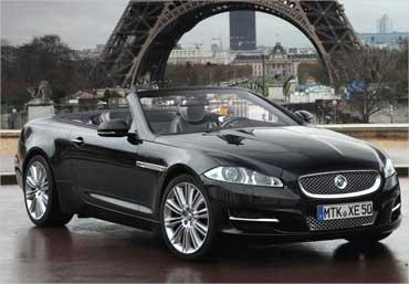 Jaguar XE.