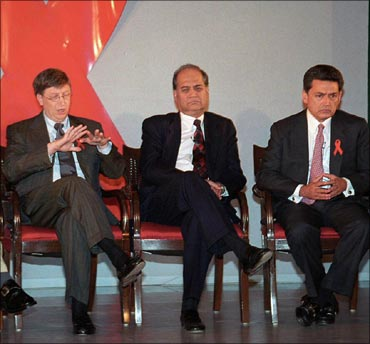 Bill Gates, Bajaj Auto chief Rahul Bajaj and Rajat Gupta.