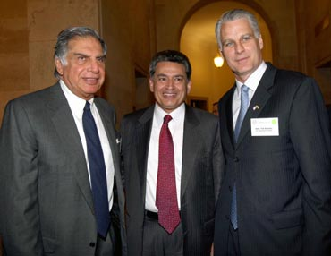 Gupta with Tata Group chairman Ratan Tata and US Ambassador to India Timothy Roemer.