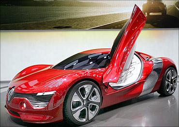 Renault DeZir concept car.