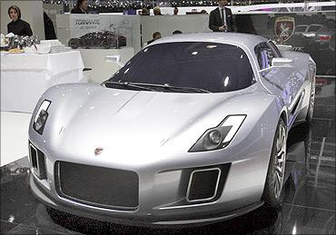 Gumpert Tornante concept car.