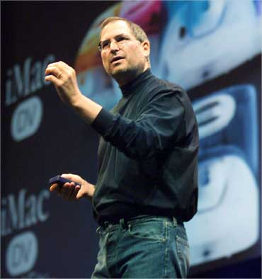 Steve Jobs delivers a keynote address at Macworld Expo in Tokyo on Feb 16, 2000.