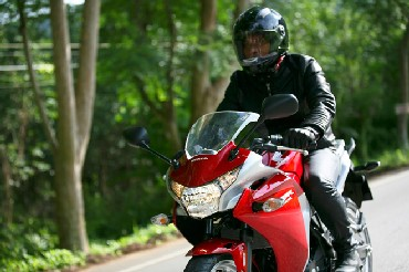 India roads get ready for premium bikes