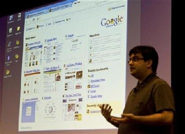 Google software engineer Ben Goodger introduces the company's web browser, Google Chrome, at the company's headquarters in Mountain View, California