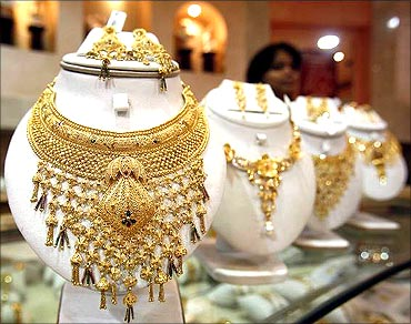 Consumers happy to buy gold when prices are rising.