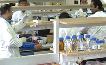 Biocon lab.