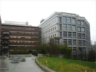 Warren G Magnuson Health Sciences Building.