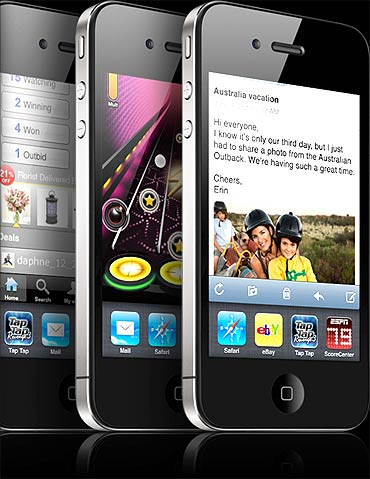 Apple iPhone 4G.