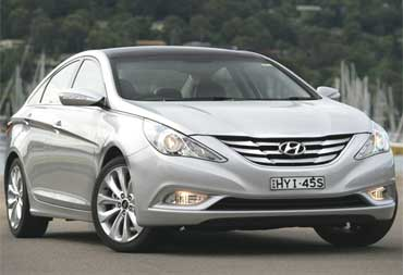 Hyundai i45.