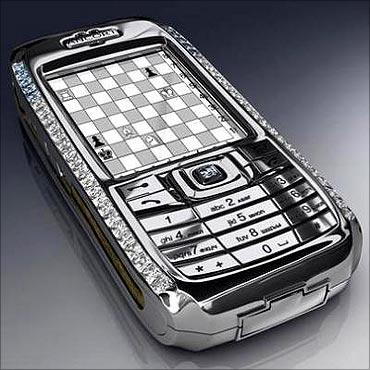 Diamond Crypto Smartphone costs $1.3 million.