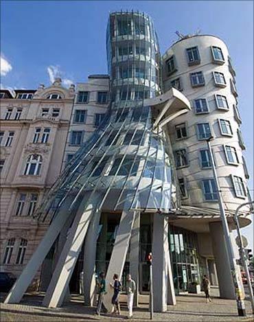 Dancing Building.