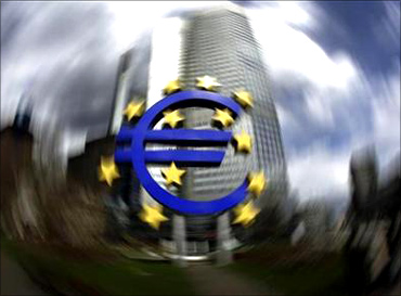 China can solve debt problems of the euro zone.
