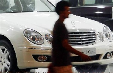 How Mercedes manages to hold its ground in India