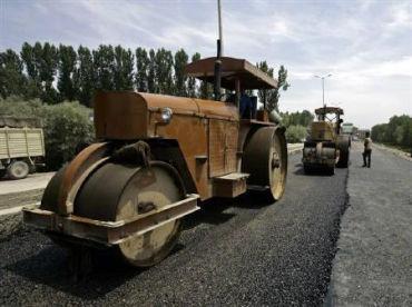 BRO has built a 48,300-km network of roads.
