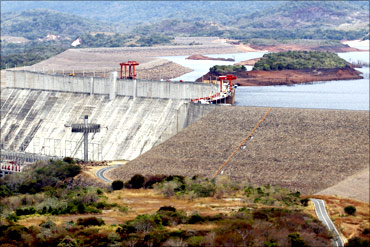 View of Guri dam and the Simon Bolivar Hydroelectric Power Station.