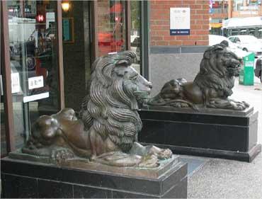 HSBC lion.
