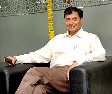 Phaneesh Murthy appointed CEO of Patni - Rediff com Business