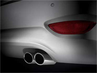 Dual exhaust.