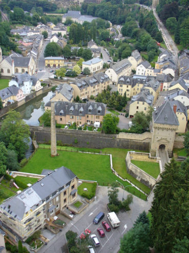 Only 10 per cent users in Luxembourg face local virus threat.