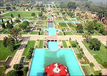 Mughal Gardens.