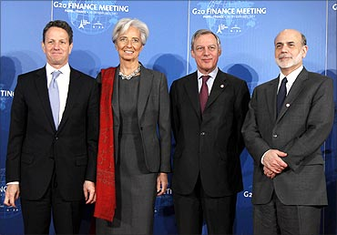 L-R T Geithner, Christine Lagarde, Bank of France Guv Christian Noyer and Ben Bernanke.
