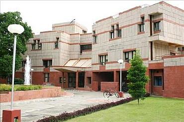 IIT-Kanpur Campus