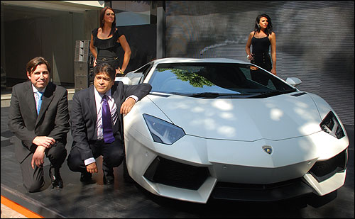 Lamborghini launches Aventador for Rs 3.69 crore