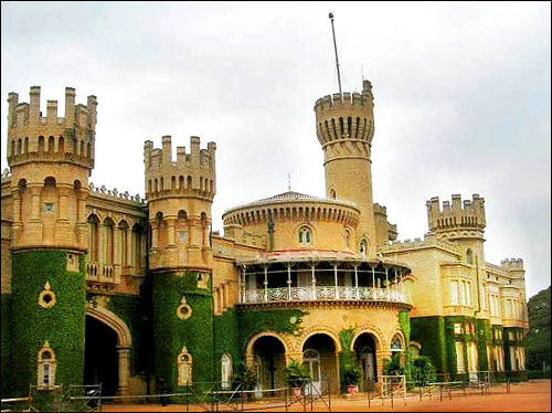 Bangalore Palace was built in 1887.