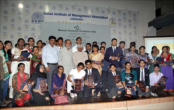 A.P.J. Abdul Kalam with the young innovators.