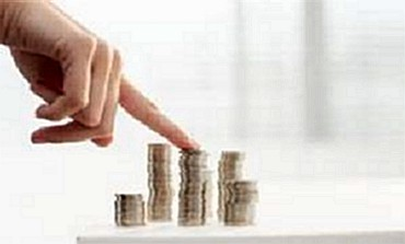 For old age, pick mutual funds over retirement schemes