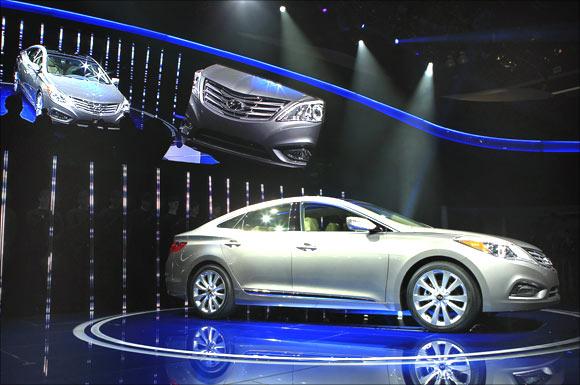 Hyundai Azera.