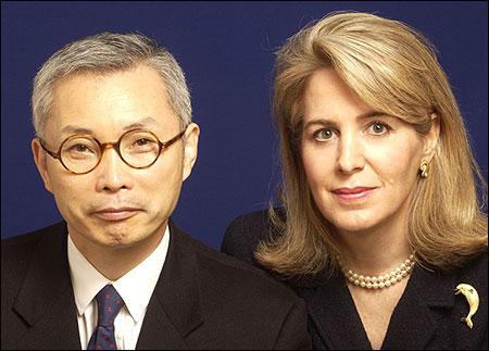 W Chan Kim (L) and  Renee Mauborgne (R).
