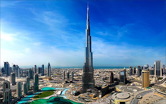 Splendid Interiors Of The Burj Khalifa Rediff Com Business