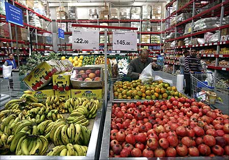 Here's why BJP is opposed to FDI in retail