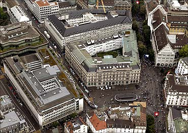 An aerial view shows the headquarters of Swiss banks UBS (front L) and Credit Suisse (C) at the Paradeplatz square in Zurich.
