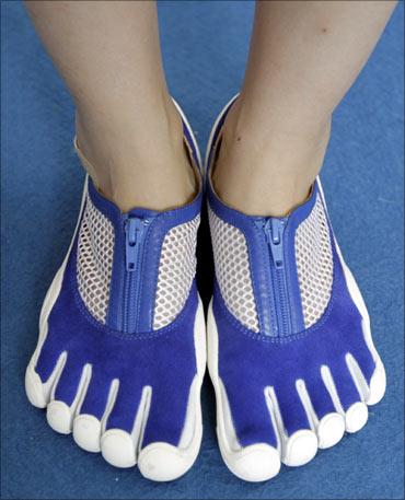 Toe-shaped shoes.