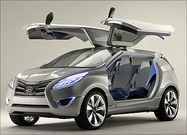Hyundai Nuvis concept car.