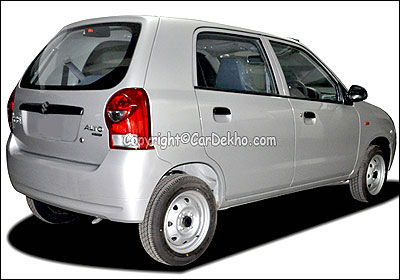 Rear view of Maruti Alto.