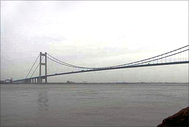 Jiangyin Suspension Bridge.