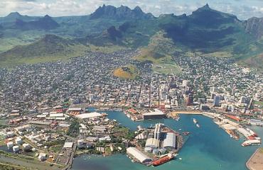 Mauritius scores 7.67 points.