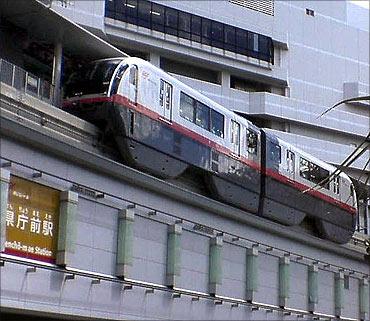 Okinawa Monorail.