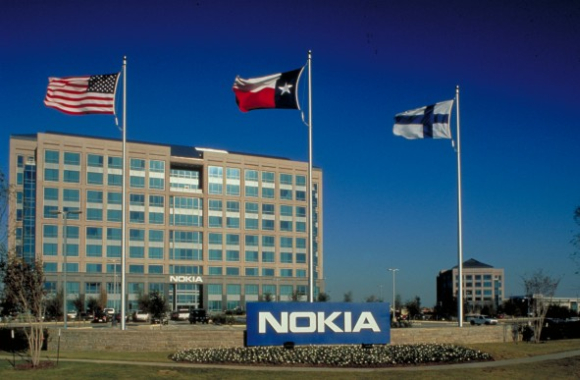 Nokia to axe 4,000 jobs at smartphone plants