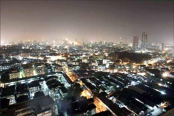 Central district of Mumbai.