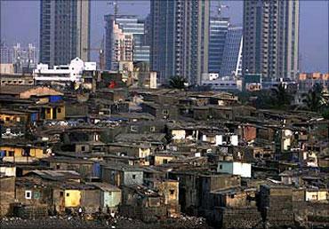 Mumbai airport: It's growth versus slum-dwellers!